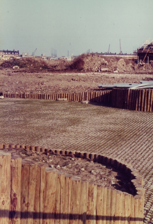 Rotherhithe New Gardens 1980